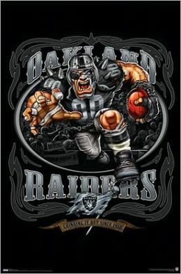 Raiders logo - Running Back 09 - Poster
