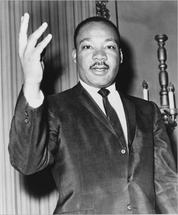 Martin Luther King Biography: The Life and Death of Martin Luther King Jr.; America's Civil Rights Leader