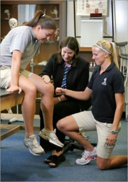 Athletic Training Secrets: Acheive Balance, Strength and Train Your Entire Body For Peak Performance