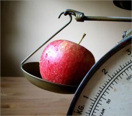 Everyday Simple Tips Yet Powerful Tips To Lose 10 Pounds Fast : Small Steps That Lead to Giant Leap