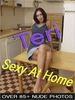 Teri - Sexy At Home (Nude Women Photos)