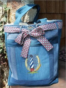 Upcycled Denim Tote instructions to make one of your own! and you'll have a fashionable and functional bag for the grocery store, the beach, the library, and anywhere else you go!