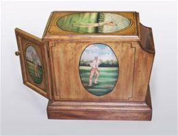 AA Importing 40307 Brown Magazine Holder with Golfer Painting