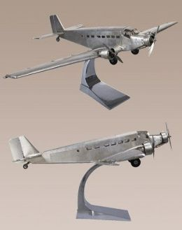 Authentic Models AP454 Junkers JU52 Iron Annie