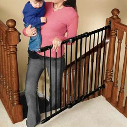 Kidco Angle Mount Safeway Gate, Black