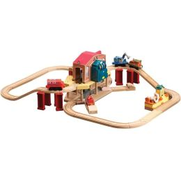 Chuggington Woooden Railway Calley's Rescue Set