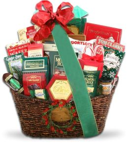 Alder Creek Grand Holiday Traditions Gift Basket