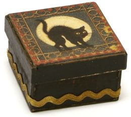 Black Cat Halloween Square Box 2.5x2.5