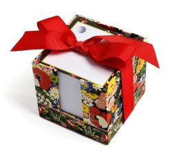 Vera Bradley Poppy Fields Note Cube (3.75x3.5x3.75)