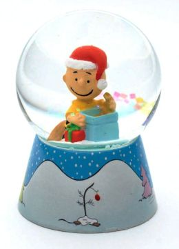 Charlie Brown Mini Snowglobe