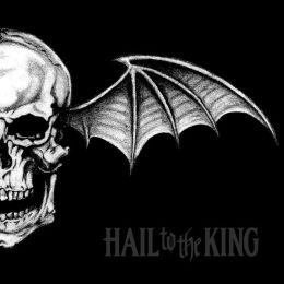 Hail to the King [Deluxe CD + MP3]