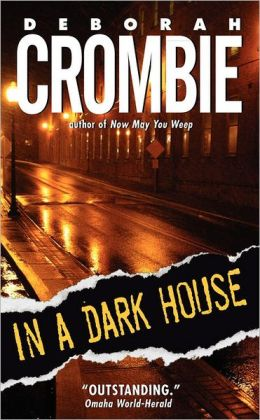 In a Dark House (Duncan Kincaid and Gemma James Series #10)
