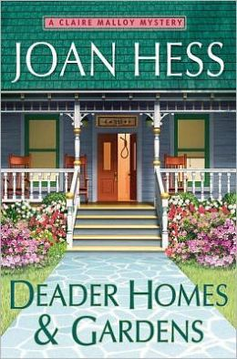 Deader Homes and Gardens (Claire Malloy Series #18)