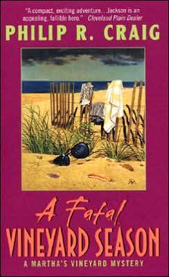 A Fatal Vineyard Season (Martha's Vineyard Mystery Series #10)