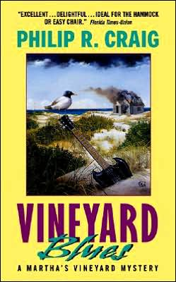 Vineyard Blues (Martha's Vineyard Mystery Series #11)