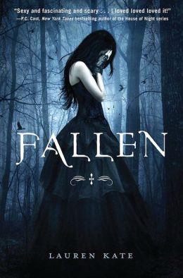 Fallen (Lauren Kate's Fallen Series #1)