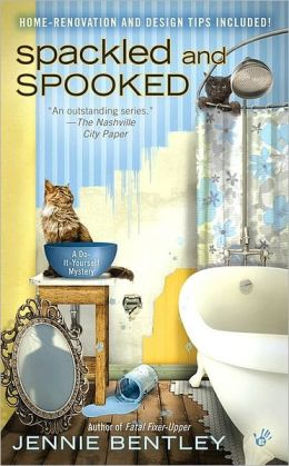 Spackled and Spooked (Do-It-Yourself Mystery Series #2)