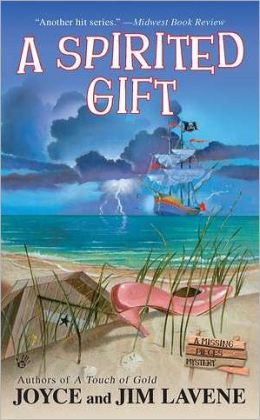 A Spirited Gift (Missing Pieces Mystery Series #3)