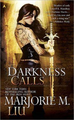 Darkness Calls (Hunter Kiss Series #2)