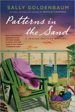 Patterns in the Sand (Seaside Knitters Mystery Series #2)