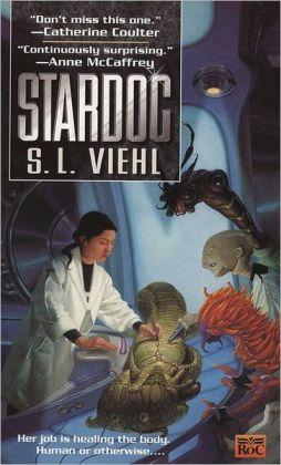 Stardoc (Stardoc Series #1)