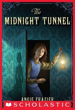 The Midnight Tunnel: A Suzanna Snow Mystery