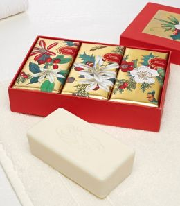 Memento Botanical Scented Soaps in Box - Set of 3