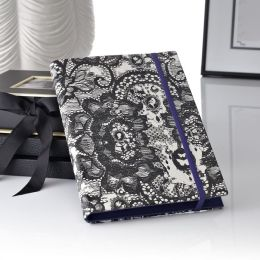 Madeleine Cover in Lace HD