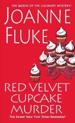 Red Velvet Cupcake Murder (Hannah Swensen Series #16)