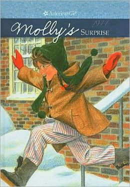 Molly's Surprise: A Christmas Story (American Girls Collection Series: Molly #3)