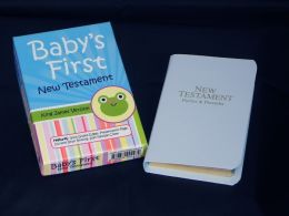 Just for Baby, Deluxe Pocket New Testament with Psalms and Proverbs: King James Version