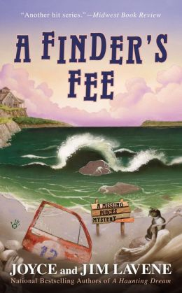 A Finder's Fee (Missing Pieces Mystery Series #5)