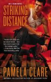 Book Cover Image. Title: Striking Distance, Author: Pamela Clare