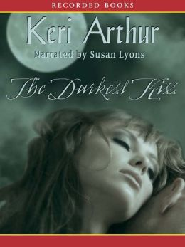 The Darkest Kiss (Riley Jenson Guardian Series #6)