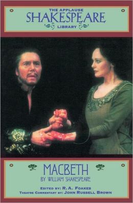 Macbeth (Applause Shakespeare Library Series)
