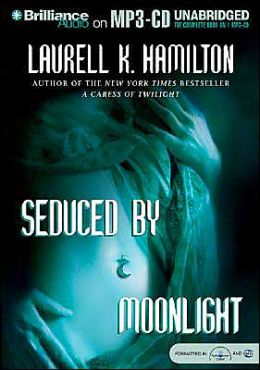 Seduced by Moonlight (Meredith Gentry Series #3)