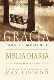Book Cover Image. Title: Biblia Gracia para el momento:  Pasa 365 dias leyendo la Biblia con Max Lucado, Author: Max Lucado