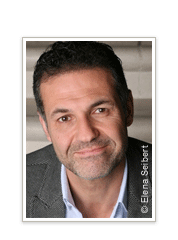 http://img1.imagesbn.com/pImages/books/author_feature/30708_Khaled_Hosseini_178x240.png